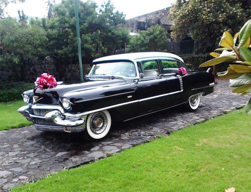 Cadillac 1956 negro