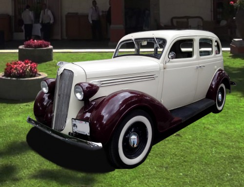 Auto Plymouth 1936 Marfil